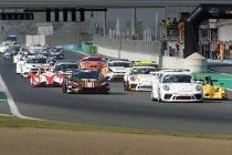 Magny Cours: Coureurs Supercar Challenge genieten van spannende races