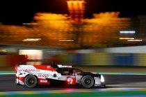 Na 8H: Hevige strijd bij Toyota - Vanthoor houdt stand in GTE-Pro