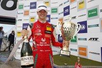 Nürburgring: Drie op drie voor Schumacher
