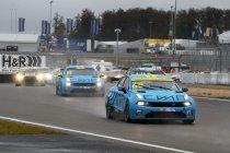 Puntenleider Yann Ehrlacher domineert Race 2, Magnus crasht