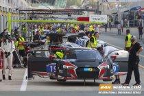 Hankook 24H Dubai: Laurens Vanthoor snelste in de nachtsessie