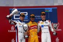 Baku: Antonio Giovinazzi wint chaotische hoofdrace