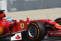 Spanje: Hamilton boven in de vrije trainingen - Vettel in de problemen