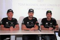 Tom Boonen met Bert Longin en Anthony Kumpen in Porsche voor de titel
