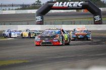 Nürburgring: Kumpen nieuwe leider, Longin genekt door pech