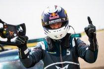 Pau: Mattias Ekström eerste kampioen Pure ETCR
