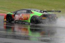 Silverstone: Zege in verregende race gaat naar Barwell Motorsport Lamborghini