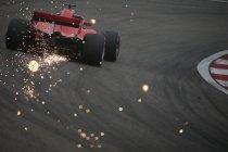 China: Vettel op pole - Vandoorne veertiende