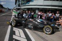 Monza: Jean Alesi doet demo met 18 inch velgen