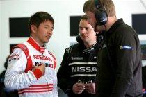 Satoshi Motoyama derde teamgenoot Wolfgang Reip op Nissan ZEOD RC