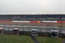 6H Silverstone: Sneeuw legt alles stil