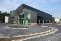 Glenn Haverals opent hypermoderne carwash in Turnhout