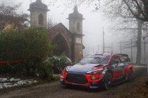 WRC: Neuville meteen in de problemen, Sordo leidt
