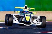 Magny-Cours: Gilles Magnus viermaal op het podium