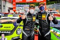 Red Bull Ring: Michael Ammermüller en Mathieu Jaminet winnen spannende eerste race