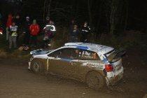 Rally van Wales: Waanzinnige strijd voor 2de plaats na sortie Latvala