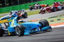 FA1: Monza: Felix Rosenqvist wint gemakkelijk race 1