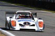 Oracle Racing bouwt eigen instrumentenpaneel