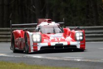 Eerste vrije training meteen stilgelegd - Porsche voorlopig snelst