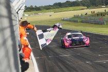 Snetterton: TF Sport en Ram Racing domineren de wedstrijden
