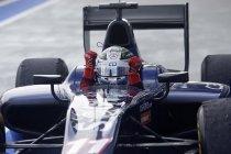 GP2: Singapore: Titelstrijd blijft open na dominante overwinning van Sam Bird