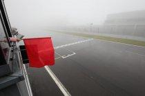 24h Nürburgring: Mist en regen zorgen voor code rood