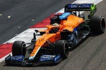 Wintertest Bahrein: Ricciardo zet eerste snelle tijd