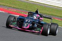 Silverstone: Piastri wint race 1 – vierde plaats voor Ugo de Wilde