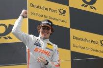 Nürburgring: Wickens klopt Farfus voor de zege