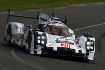Porsche domineert gehalveerde eerste kwalificatie