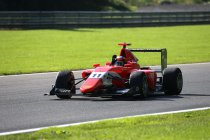 Spa-Francorchamps: Jack Aitken wint incidentrijke tweede GP3 race