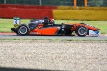 Masters of F3: Callum Ilott lukt de pole