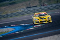 Franciacorta: Alon Day wint na late crash Marc Goossens en Loris Hezemans