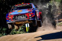 Portugal: Neuville spoelt crash door