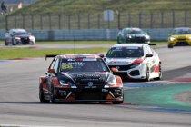 Maxime Potty strijdt opnieuw met de koplopers in TCR Europe en pakt de leiding in TCR Benelux