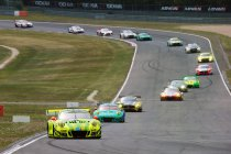24h Nürburgring: Na 1h: Porsche 1-2 - Goede start van Martin
