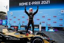 Rome: Jean-Éric Vergne wint na chaotisch raceeinde