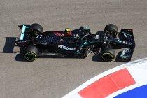 Rusland: Bottas wint, Hamilton derde na straf