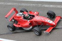 Formule Renault 1.6 NEC Junior: Race 2: Anton De Pasquale soeverein naar overwinning in Zolder