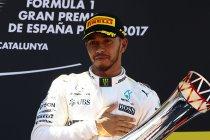 Barcelona: Winst voor Hamilton - Vandoorne botst met Massa