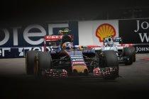 Rusland: Carlos Sainz aan de start