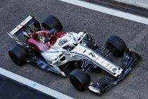 Abu Dhabi tests: Sebastian Vettel snelst op dag 1