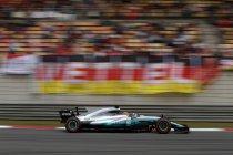 China: Hamilton op pole - Verstappen voorlaatste