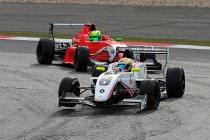 Nürburgring: Gilles Magnus zesde in race 2 na nieuwe remonte
