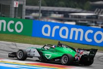 Red Bull Ring: Pole voor Jamie Chadwick
