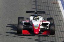 Guanyu Zhou eerste leider in het F3 Asian Championship