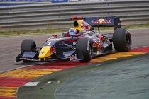Motorland Aragon: Carlos Sainz en Oliver Rowland heersen in Spanje
