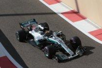 Lewis Hamilton hanteert startnummer 1 in Abu Dhabi