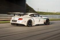 Bentley Continental GT3 maakt racedebuut bij 12u van Abu Dhabi