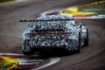 Nieuwe Porsche 911 GT3 Cup 992 werkt laatste testkilometers af